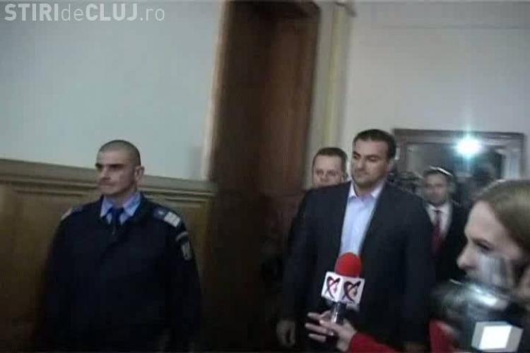 Sorin Apostu era liber la 20.50, dar in arest 00.20