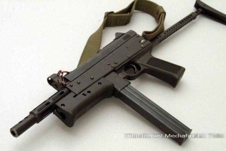 Arma cu care s-a tras asupra Casei Albe era de fabricatie romaneasca