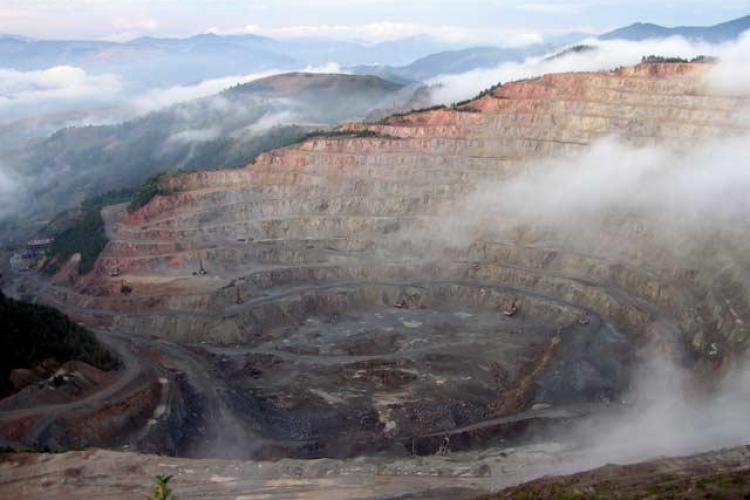 Rosia Montana este o bomba ecologica! Citeste rezolutia conferintei ROSIA MONTANA IN ISTORIA UNIVERSALA
