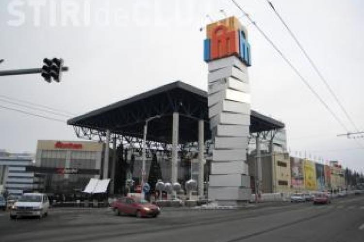 Reduceri de pret si spectacole la Iulius Mall, in noaptea de sambata spre duminica