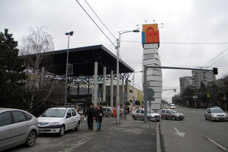 Clujenii cer sens giratoriu in fata Iulius Mall Cluj
