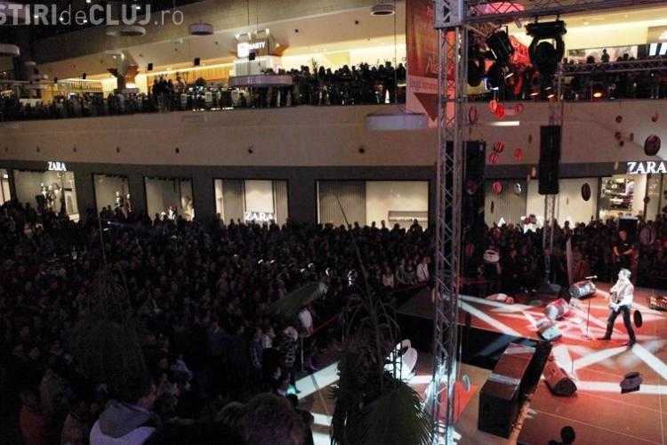 160.000 de oameni au vizitat Iulius Mall sambata seara! S-a castigat un iPad 2 si o excursie in Brazilia