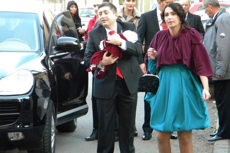 "Tise si-a botezat fiul. Florin Piersic a fost nas: ""Cum sa fie politician cand va fi mare!?"" VIDEO"
