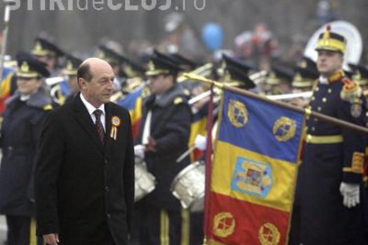 Basescu, la congresul PPE: Daca statele UE raman unite, vor trece de criza economica