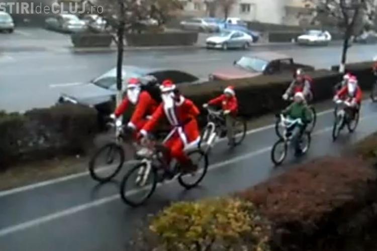 Mos Craciun a pedalat prin Cluj-Napoca, duminica, 4 decembrie VIDEO