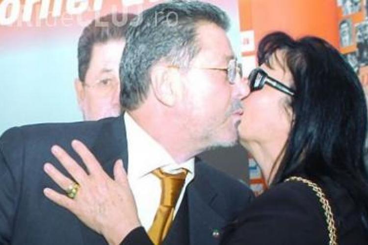 Sotia lui Cornel Dinu a murit