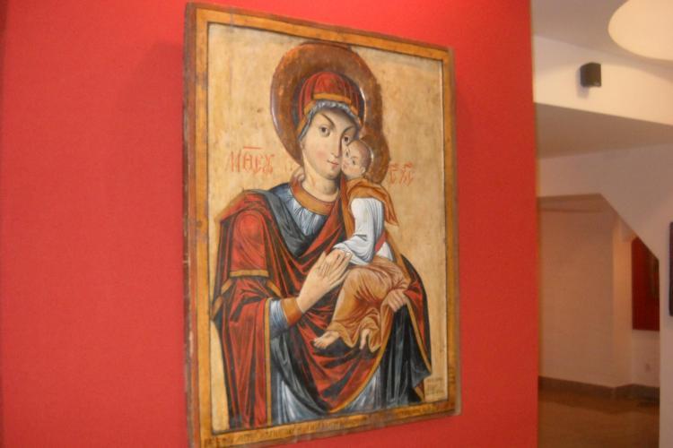 """""""Sora"""" icoanei facatoare de minuni de la Nicula, expusa in Muzeul Mitropoliei! Vezi aici FOTO si VIDEO"""