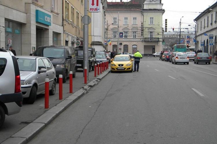Politia i-a amendat pe smecherii care parcheaza pe Regele Ferdinand! Minunea a tinut o ora FOTO