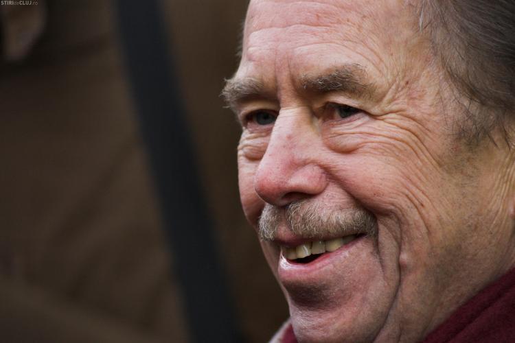 Vaclav Havel a murit in somn. Fostul presedinte ceh avea 75 de ani