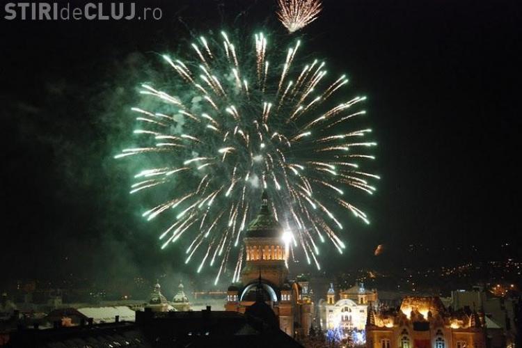Focuri de artificii in Piata Avram Iancu de Revelion