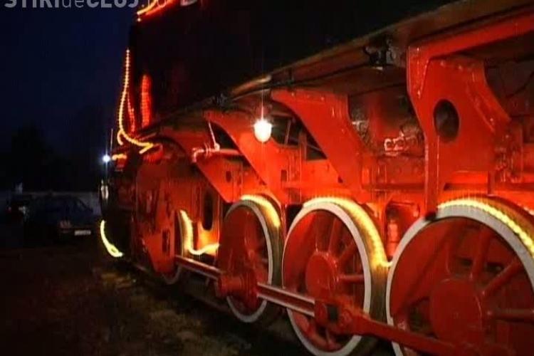 Locomotive impodobite de sarbatoare la Muzeul Depoului Dej VIDEO