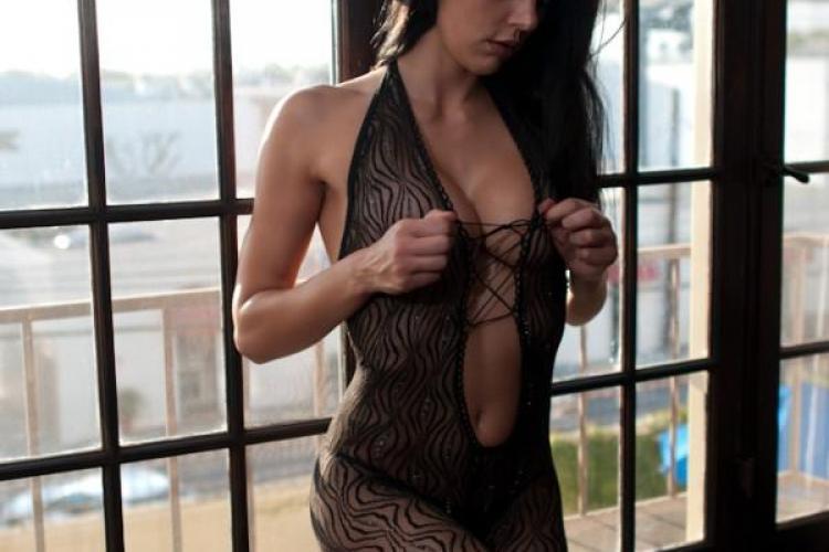 Vezi poze nud cu castigatoarea Next Top Model America FOTO