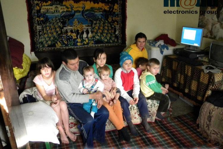 Zece copii au primit primul lor computer printr-o campanie initiata de Madd Electronics Group