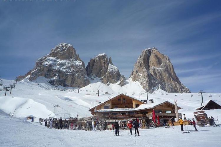 70 de clujeni, tepuiti de o firma care le promitea locuri de munca in Italia