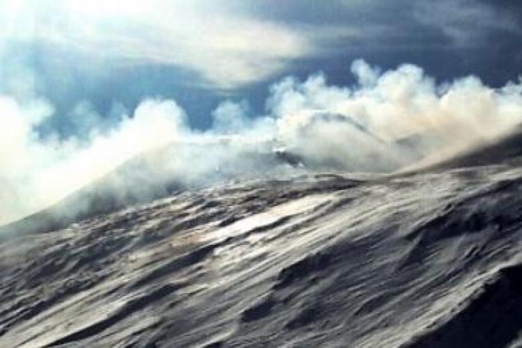 Etna erupe! IMAGINI LIVE