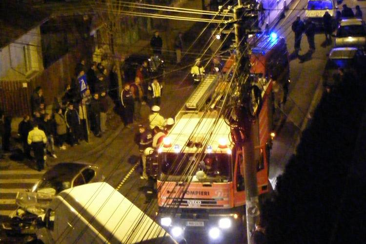"Accident pe strada Dunarii! Un BMW a fost serios ""sifonat"" de o duba FOTO"