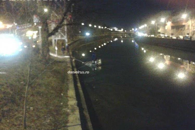 O masina a plonjat in Somes, langa podul Elisabeta! Soferul era beat  FOTO