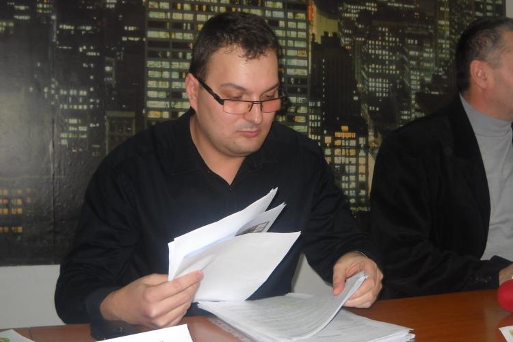Un protestatar spune ca a fost jignit de catre prefectul Stamatian