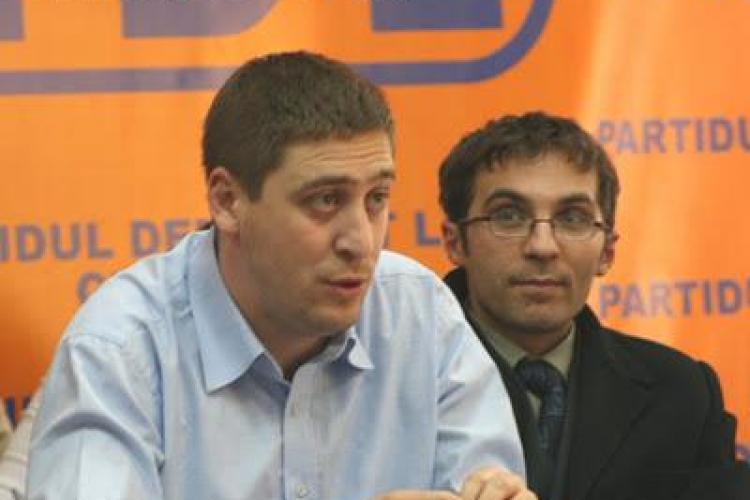 Boc isi avanseaza clujenii din Guvern!  Darius Pintilie, seful de protocol al lui Boc, promovat sa decida asupra bunurilor confiscate