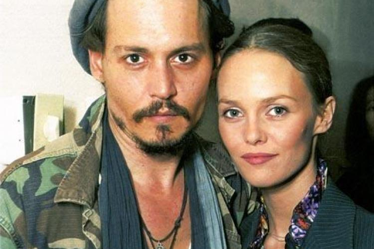 Johnny Depp s-a despartit de iubita sa dupa 14 ani de relatie