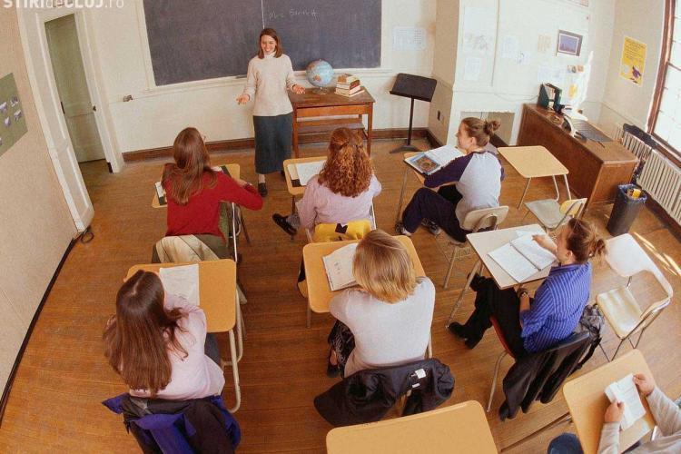 Clase desfiintate la Liceul Avram Iancu! Liceele tehnice nu sunt afectate