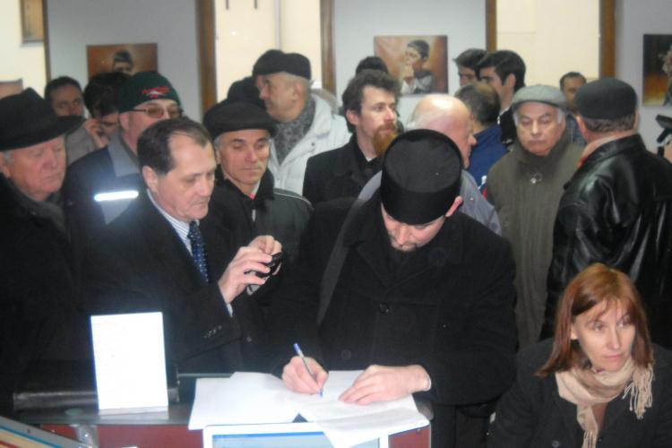 Mars impotriva crematoriului din Manastur! 300 de oameni au iesit in strada la un protest Galerie FOTO