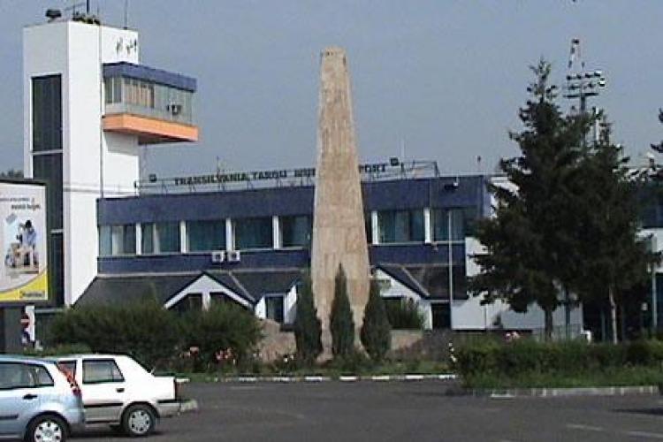 Tise acuza conducerea CJ Mures ca aloca fonduri Aeroportului Transivania si il submineaza pe cel din Cluj