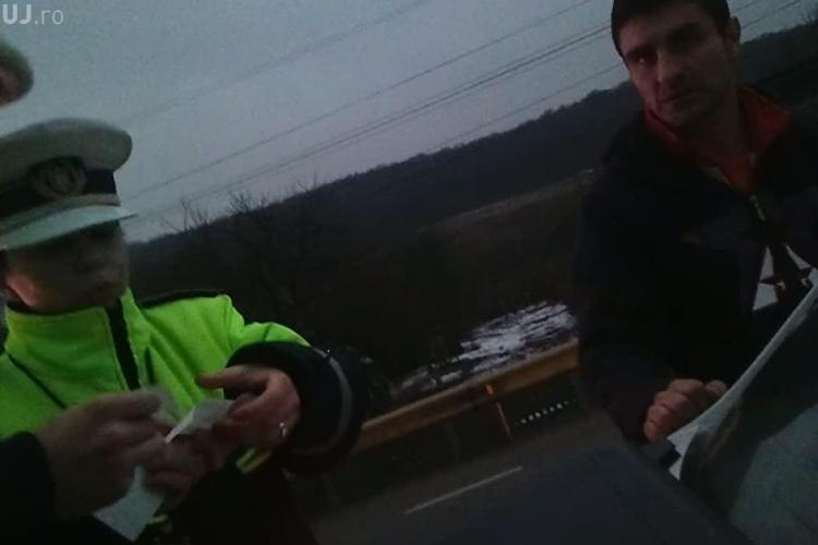 Sofer in coma alcoolica la Dej! Barbatul a facut show la sectia de politie VIDEO