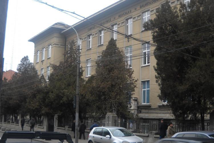 REVOLTATOR! Spitalul Clinic Judetean Cluj cere 200 de lei pe o consultatie! Vezi lista cu tarife