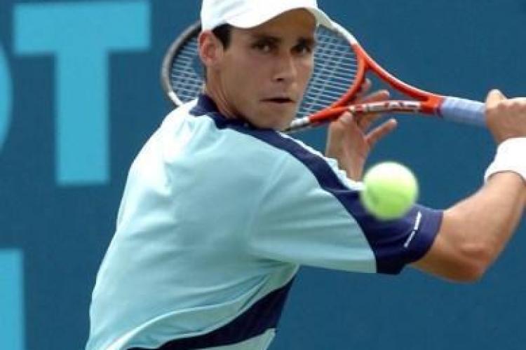 Halep si Hanescu, eliminati din primul tur la Australian Open