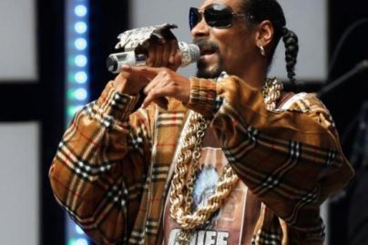 Snoop Dogg a fost arestat pentru posesie de droguri
