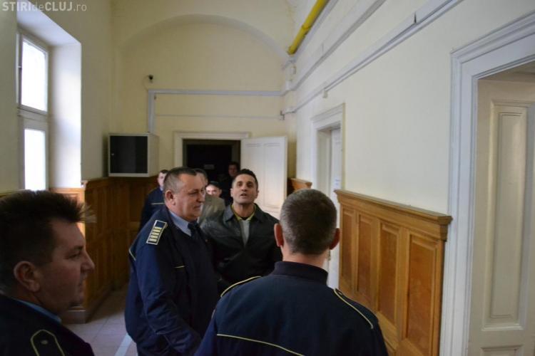 Gore va fi reevaluat psihiatric, deoarece judecatorii din Cluj cred ca e nebun