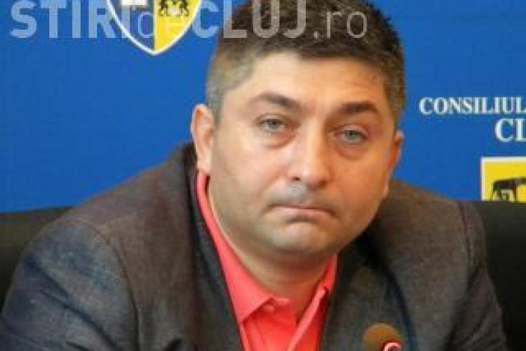 Alin Tise, intrebat de reporterii Stiri de Cluj despre amenintarile cu moartea adresate unui jurnalist, nu crede ca trebuie sa isi ceara scuze LIVE VIDEO