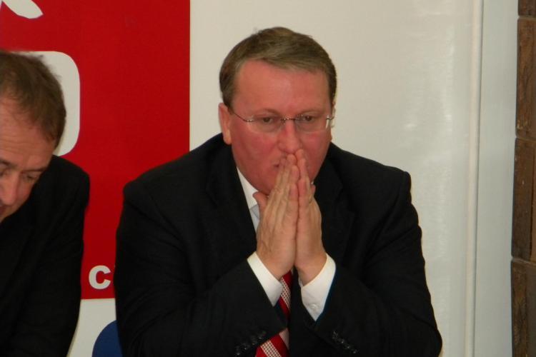 Dovada clara ca presedintele PSD Cluj, Remus Lapusan, este implicat in asigurarea parcului auto de la RATUC