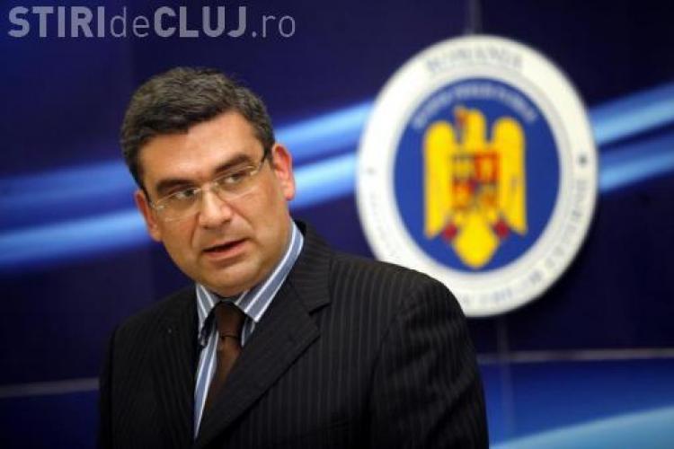 Ministrul de Externe Baconschi, revocat din cauza declaratiilor la adresa protestatarilor