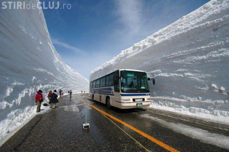 Zapada e la altii de doua ori cat casa, dar drumurile nu sunt blocate! VEZI FOTO ULUITOARE VIDEO