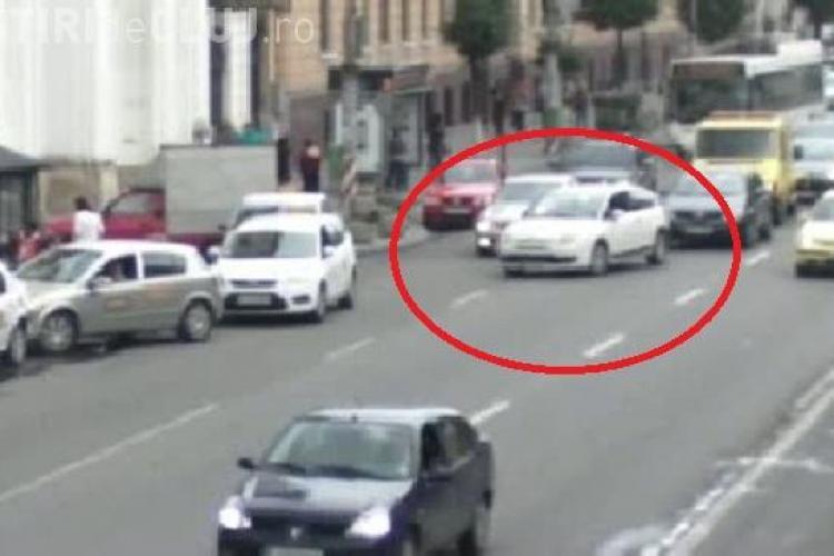 Doi procurori din Cluj sicaneaza in trafic un sofer si chiar ii taie calea cu masina VIDEO EXCLUSIV