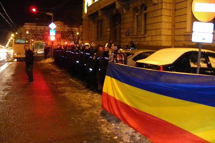 Sindicatele din educatie si sanatate se aduna de la 15.00 in fata Prefecturii Cluj