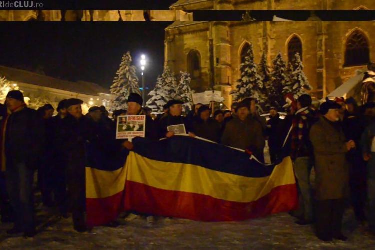 "Numai 100 de oameni au protestat la Cluj-Napoca! Mesaj catre Boc: ""Gastele din Rachitele asteapta sa te intorci la ele"""