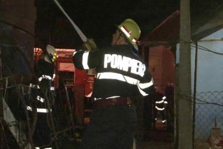 Incendiu in Dambu Rotund pe strada Codrului