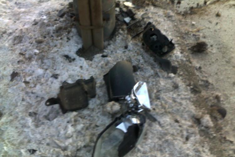 Accident in Piata Mihai Viteazu! O soferita a derapat si a lovit un stalp