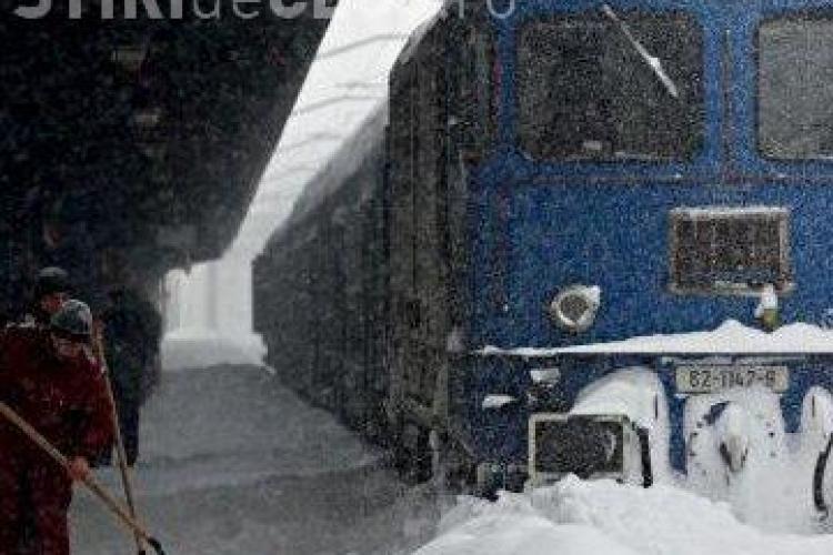 Trenul Cluj-Bucuresti, de la 22.50, este ANULAT din cauza zapezii