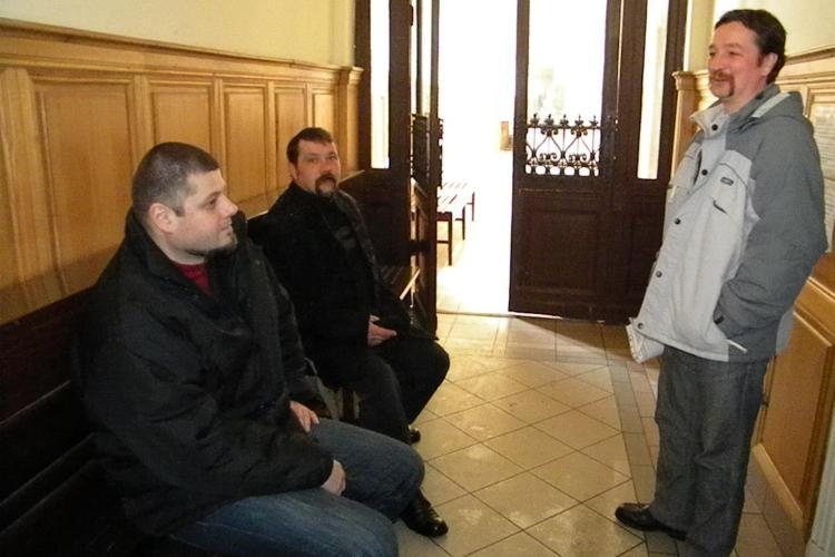 Csibi Barna a jurat in maghiara la Judecatoria Cluj-Napoca! Stie romana, dar in sala a spus ca nu vorbeste bine VIDEO