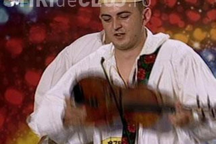 """Trei maramureseni au uimit cu vioara la """"Romanii au talent"""" VIDEO"""