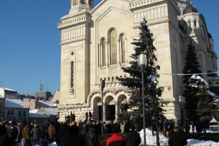 Mitropolia Clujului se opune trecerii Episcopiei Oradiei la Mitropolia Sibiului, dar aproba cererea venita de la Alba Iulia