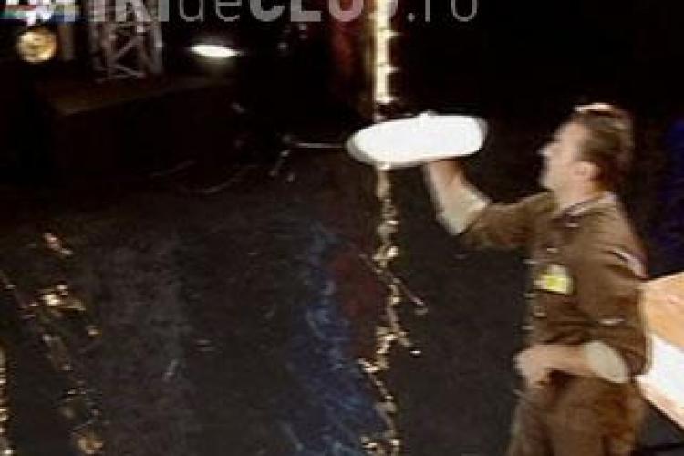 Concurent la Romanii au talent, care face minuni cu o coca de pizza VIDEO