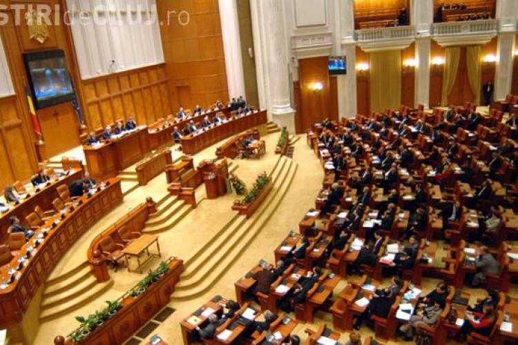 PNL si PSD au iesit astazi de la votul Legii Educatiei, pe motive nationaliste