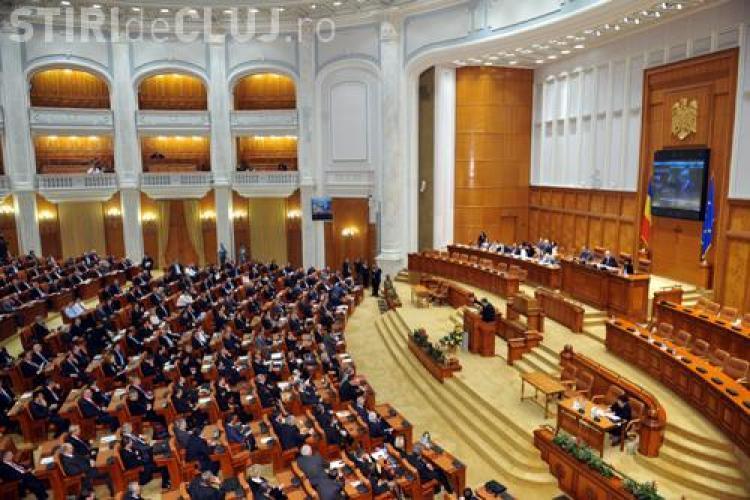 Legea Educatiei a fost adoptata de Camera Deputatilor