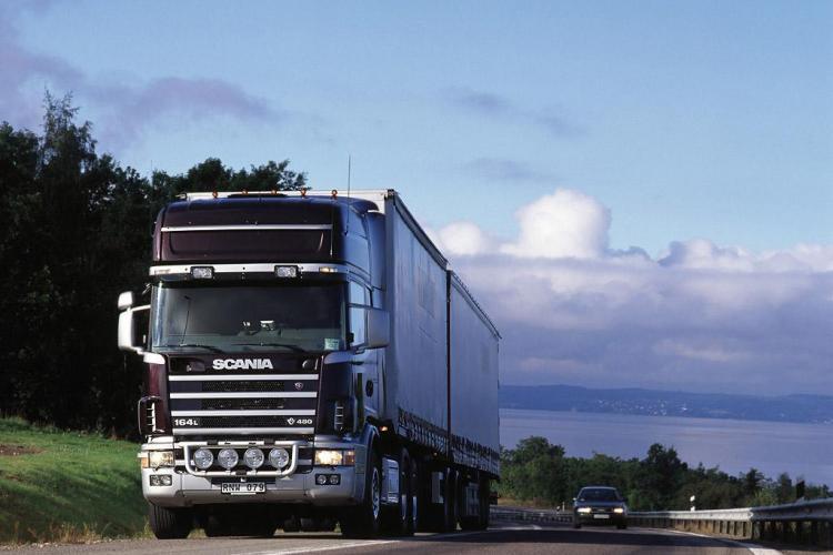 Circulatia pe DN1 intre Cluj si Oradea este interzisa in weekend pentru camioane
