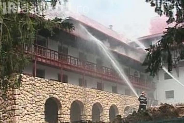 Hotelul lui George Copos din Poaiana Brasov a luat foc